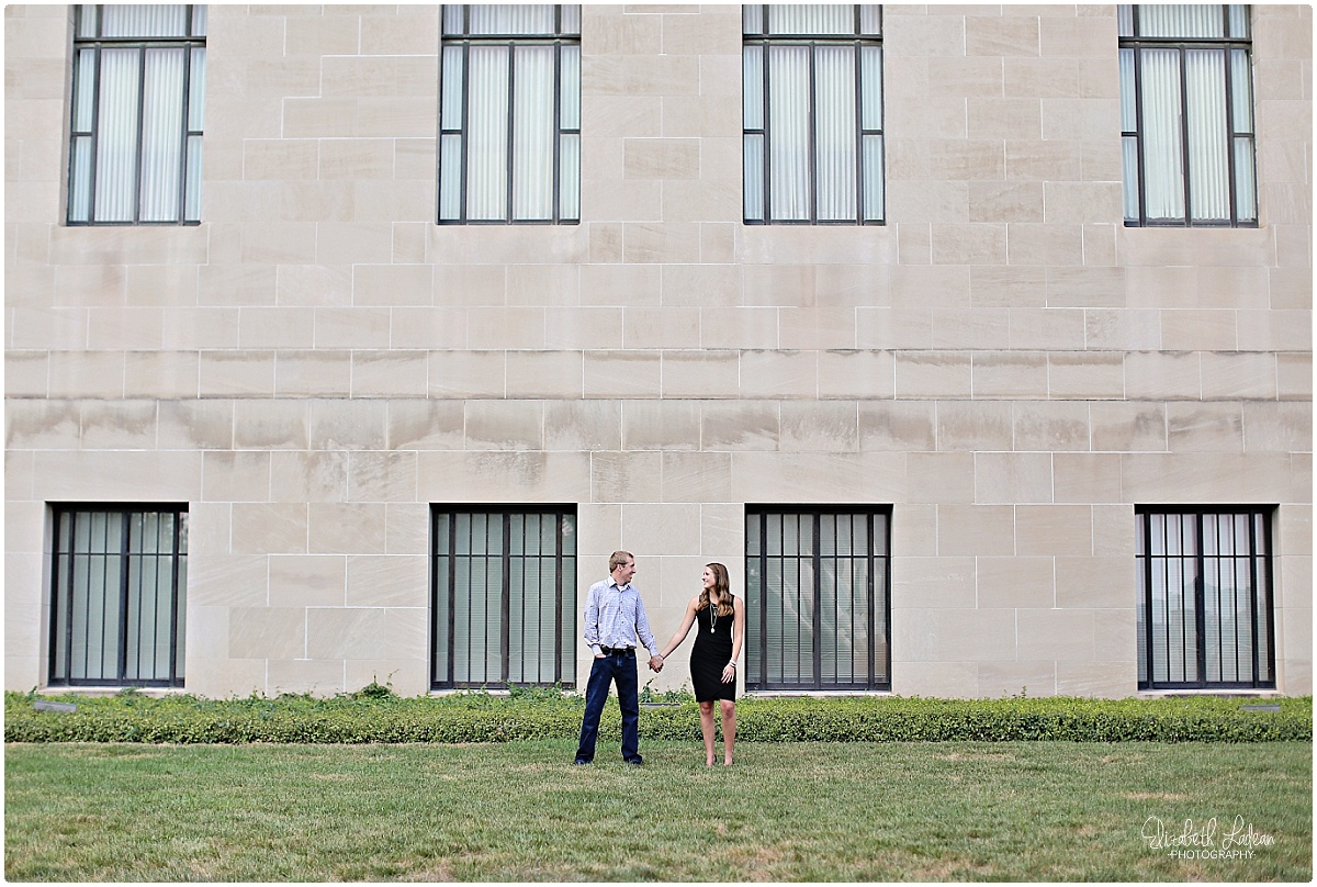 Kansas City Photographer-Elizabeth Ladean-Best-Of-Engagement_2015_3374.jpg