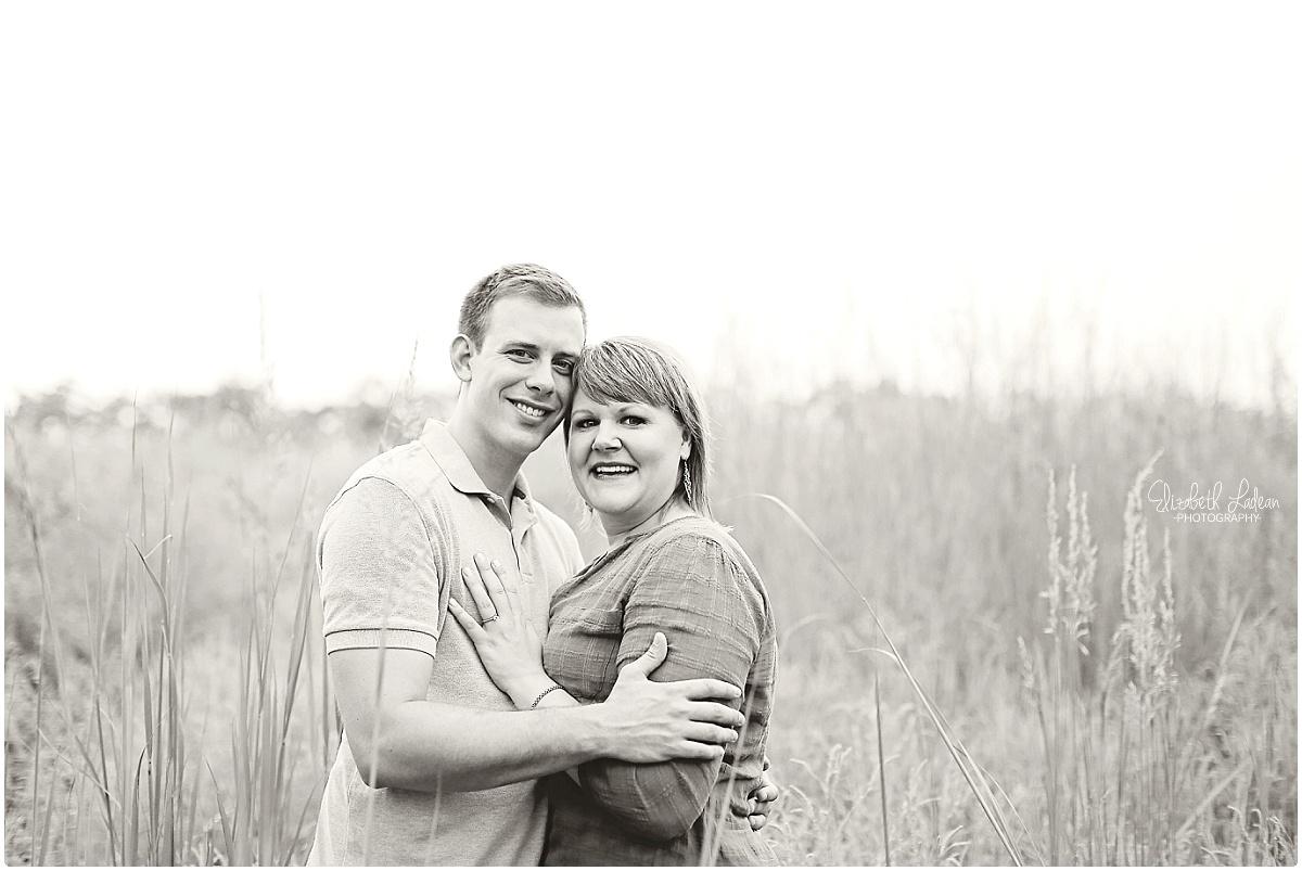 Kansas City Photographer-Elizabeth Ladean-Best-Of-Engagement_2015_3376.jpg