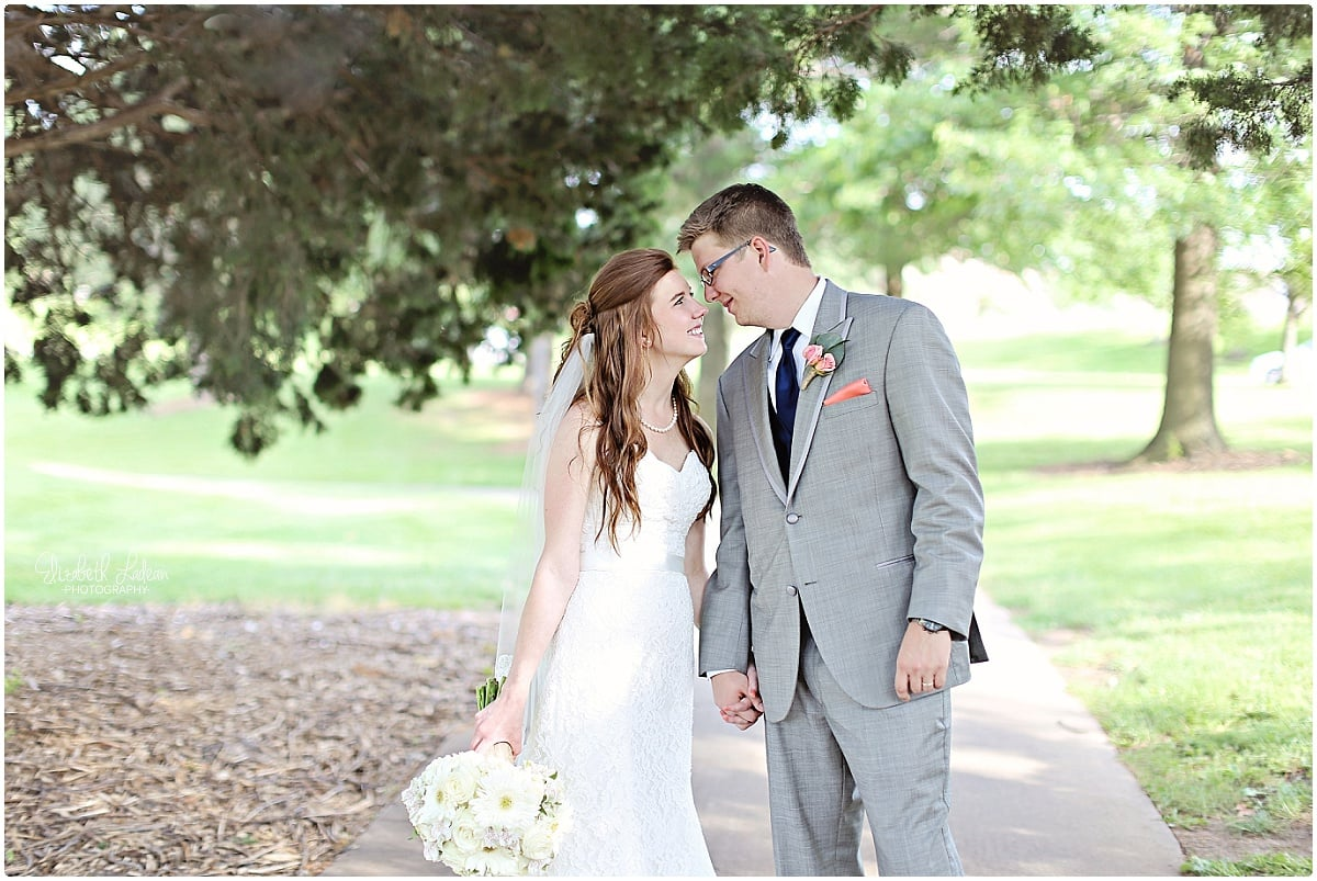 Kansas City Photographer-Elizabeth Ladean-Best-Of-Weddings_2015_3438.jpg
