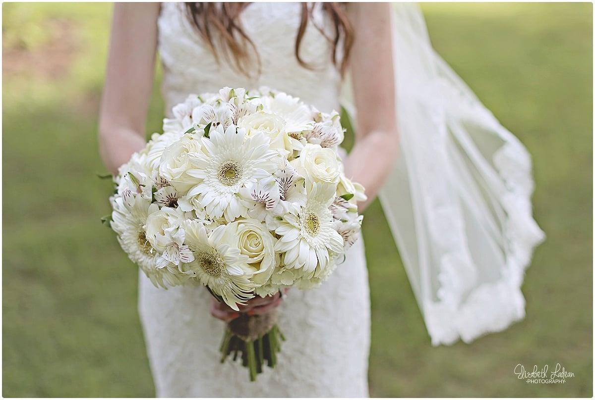 Kansas City Photographer-Elizabeth Ladean-Best-Of-WeddingDetails_2015_3529.jpg