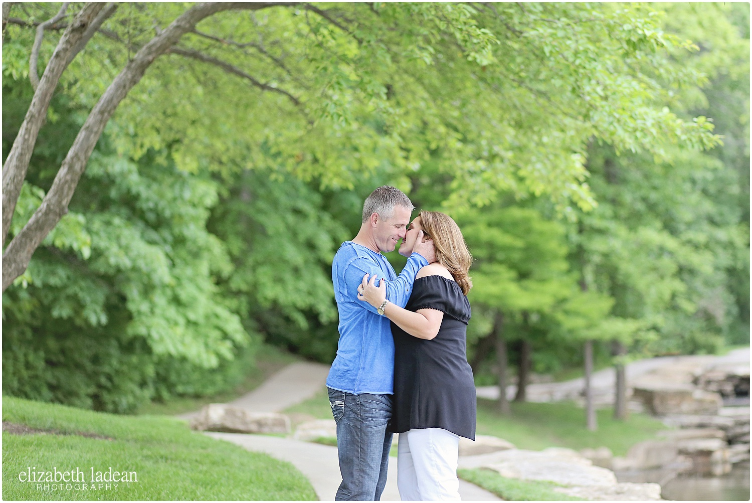 BriarcliffEngagementSession_ElizabethLadeanPhotography-B+R520-_5840.jpg