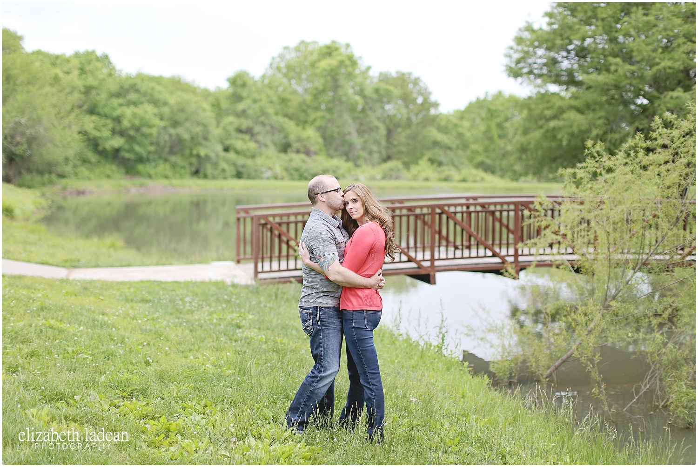 ShawneeMissionParkEngagement_ElizabethLadeanPhotography-S+T52016-_5872.jpg