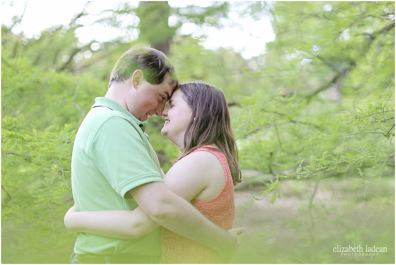 Loose-Park-Engagement-Session-Kansas-City-J+I-ElizabethLadeanPhotography-photo_6158.jpg