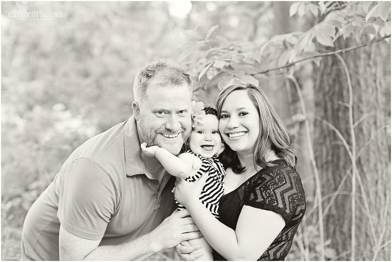 Antioch-Park-Family-Photos-Kansas-NFam-ElizabethLadeanPhotography-photo_6190.jpg