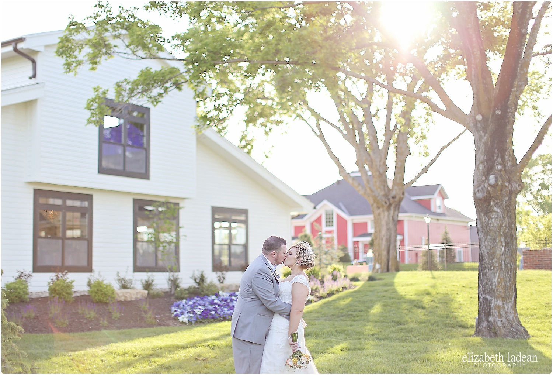 Eighteen-Ninety-Weddings-Kansas-City-Elizabeth-Ladean-Photography-K+T5716-photo_6487.jpg