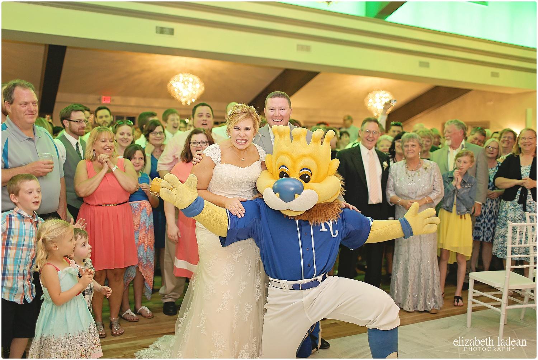 Eighteen-Ninety-Weddings-Kansas-City-Elizabeth-Ladean-Photography-K+T5716-photo_6527.jpg