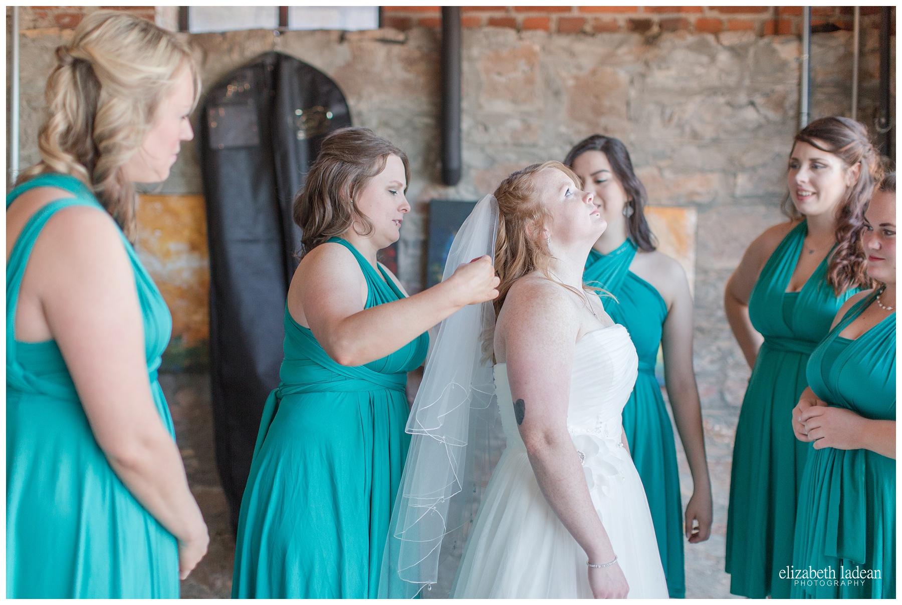 Thompson-Barn-Kansas-Wedding-Photography-R+J-0505-Elizabeth-Ladean-Photography-photo_0670.jpg