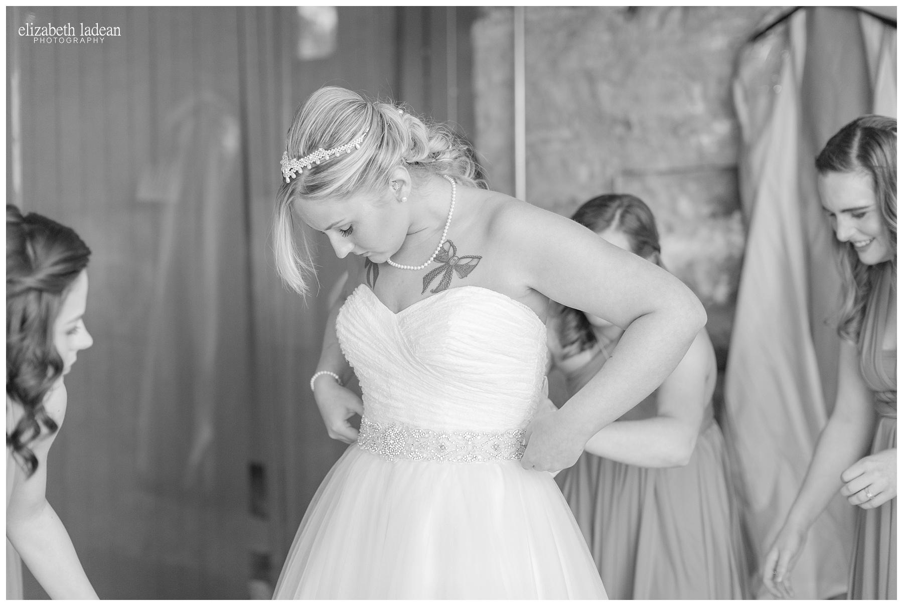 Thompson-Barn-Kansas-Wedding-Photography-R+J-0505-Elizabeth-Ladean-Photography-photo_0674.jpg