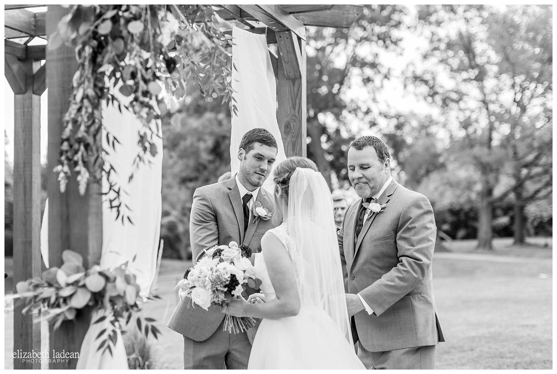 Faulkners-Ranch-Wedding-Photography-Kansas-City-M+N0916-Elizabeth-Ladean-Photography-photo-_3082.jpg