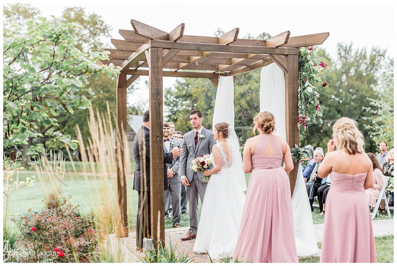 Faulkners-Ranch-Wedding-Photography-Kansas-City-M+N0916-Elizabeth-Ladean-Photography-photo-_3084.jpg