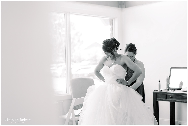 deer creek wedding photography, bride getting ready