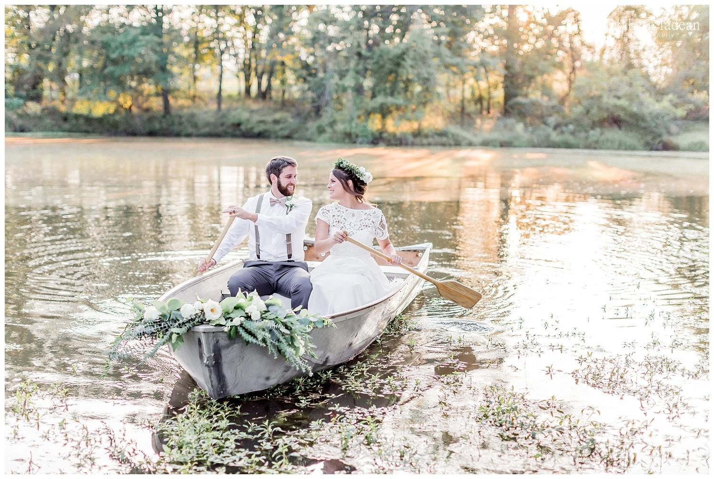 Featured-with-Boho-Wedding-Blog-Woodsy-Boho-Wedding-092017-elizabeth-ladean-photography-photo-_8800.jpg