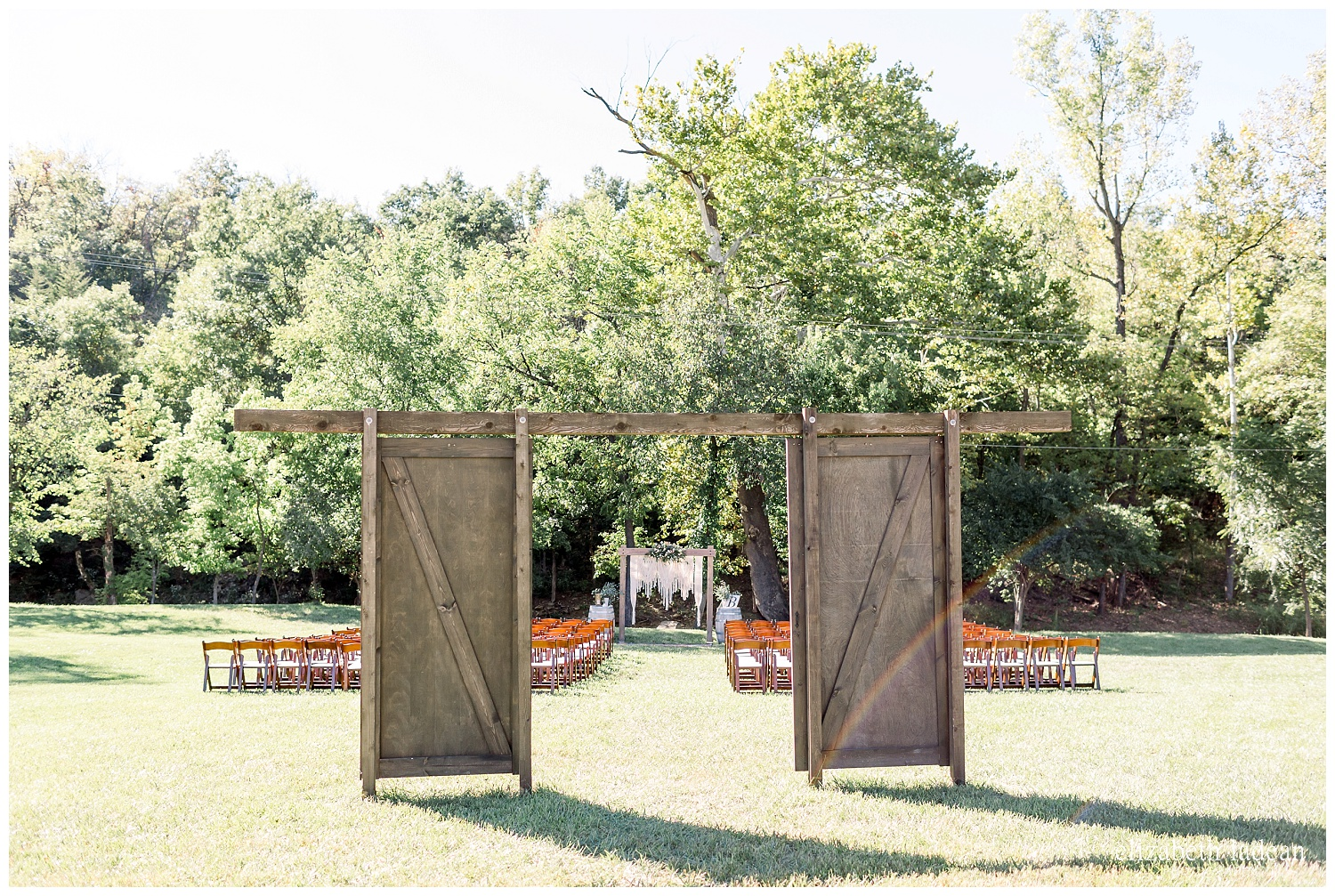Willow-Creek-Blush-and-Blues-Outdoor-Wedding-Photography-S+Z2018-elizabeth-ladean-photography-photo_0562.jpg