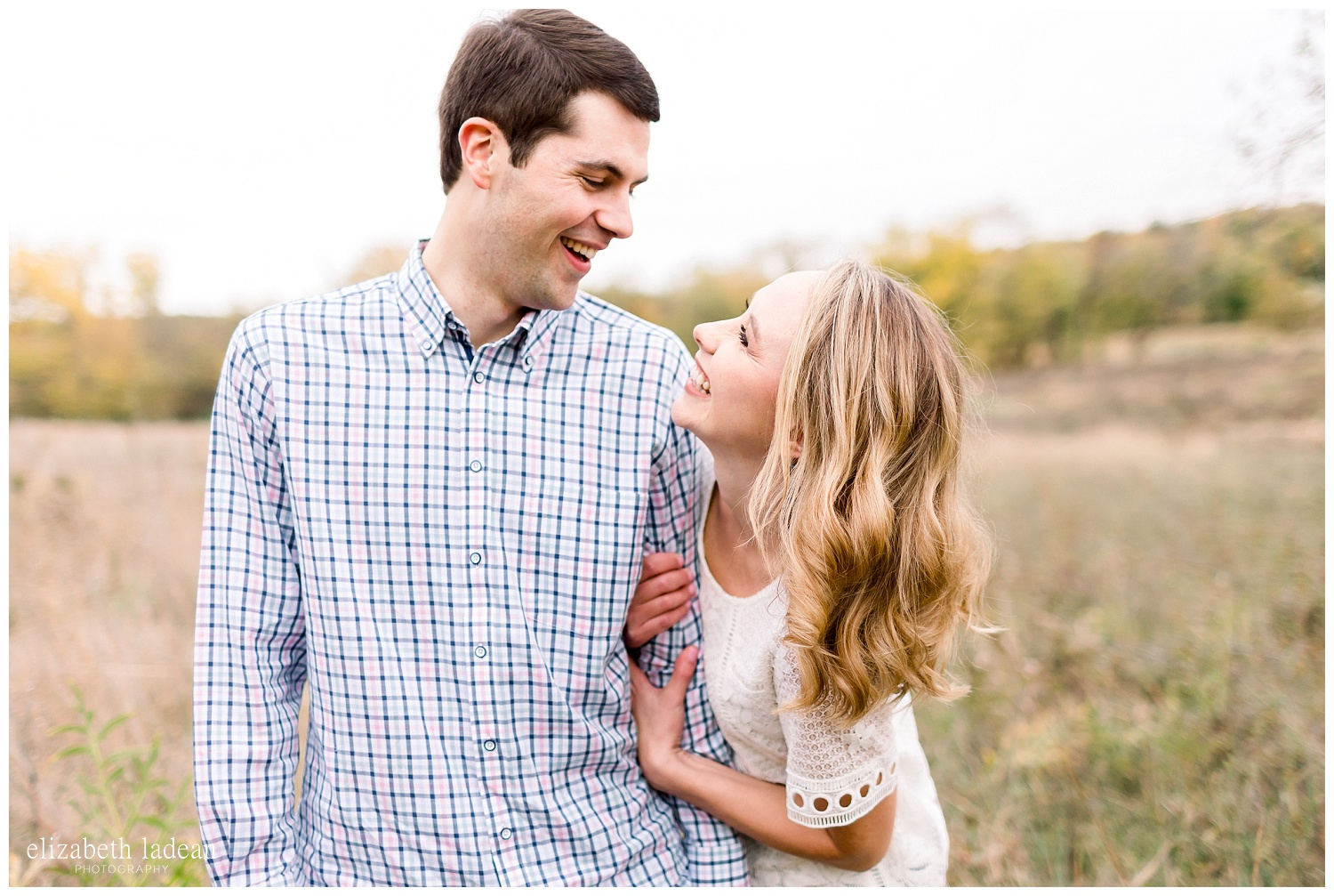 Colorful-Fall-Engagement-Photos-in-KC-C+B-2018-elizabeth-ladean-photography-photo_1779.jpg