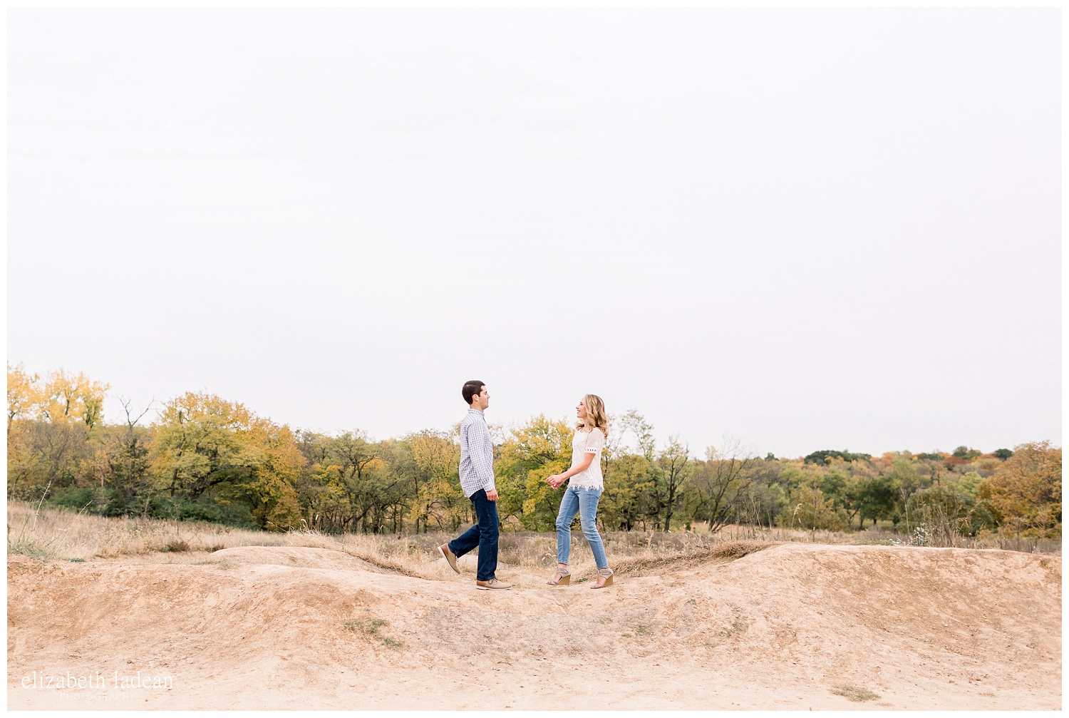 Colorful-Fall-Engagement-Photos-in-KC-C+B-2018-elizabeth-ladean-photography-photo_1781.jpg