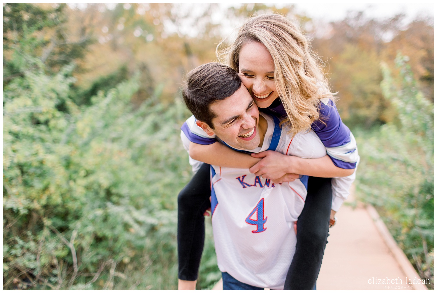 Colorful-Fall-Engagement-Photos-in-KC-C+B-2018-elizabeth-ladean-photography-photo_1796.jpg