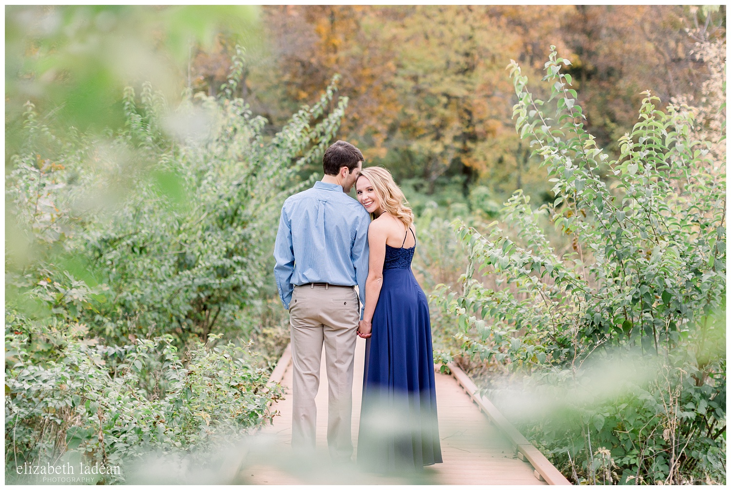 Colorful-Fall-Engagement-Photos-in-KC-C+B-2018-elizabeth-ladean-photography-photo_1804.jpg