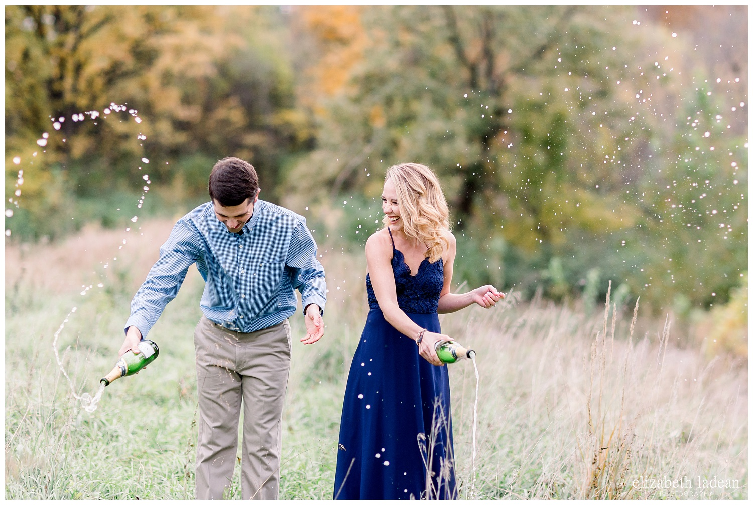 Colorful-Fall-Engagement-Photos-in-KC-C+B-2018-elizabeth-ladean-photography-photo_1809.jpg