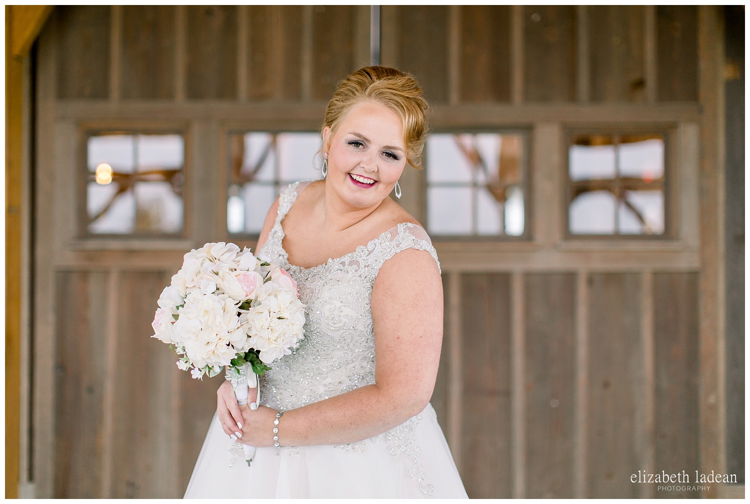 Weston-Timber-Barn-Wedding-Photography-L+A-elizabeth-ladean0photo_1865.jpg