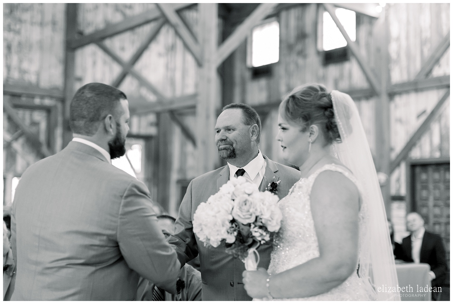 Weston-Timber-Barn-Wedding-Photography-L+A-elizabeth-ladean0photo_1888.jpg
