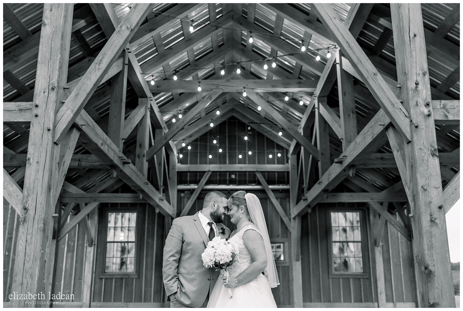 Weston-Timber-Barn-Wedding-Photography-L+A-elizabeth-ladean0photo_1906.jpg