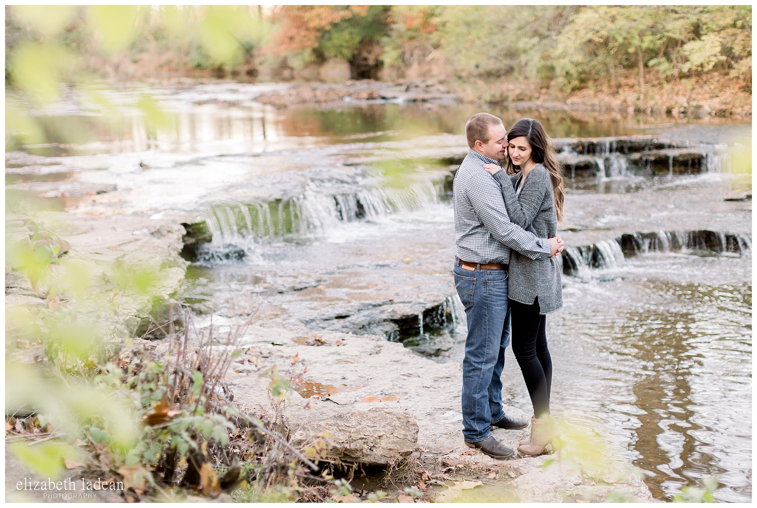 Kansas-City-Fall-Engagement-Photography-S+D-2018-elizabeth-ladean-photography-photo_2401.jpg