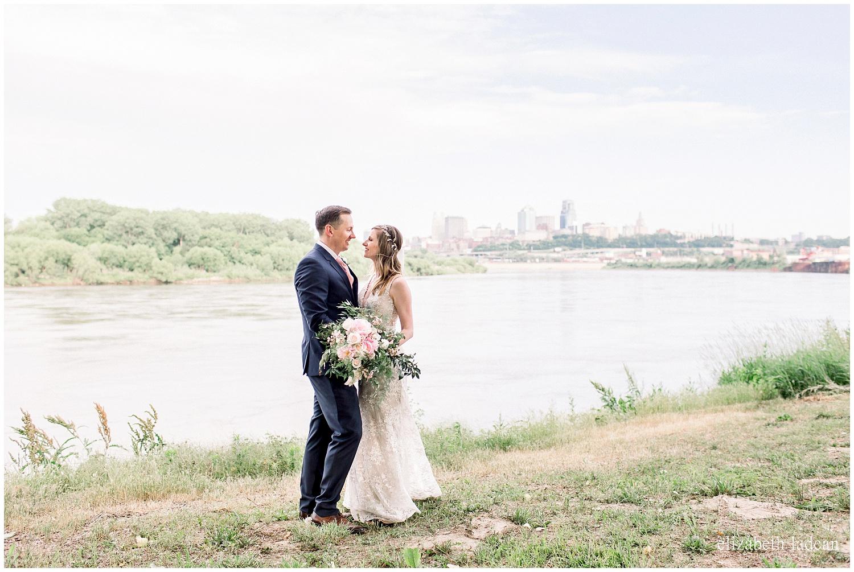 -Adventurous-Kansas-City-Worldwide-Wedding-Photographer-2018-elizabeth-ladean-photography-photo_3044.jpg