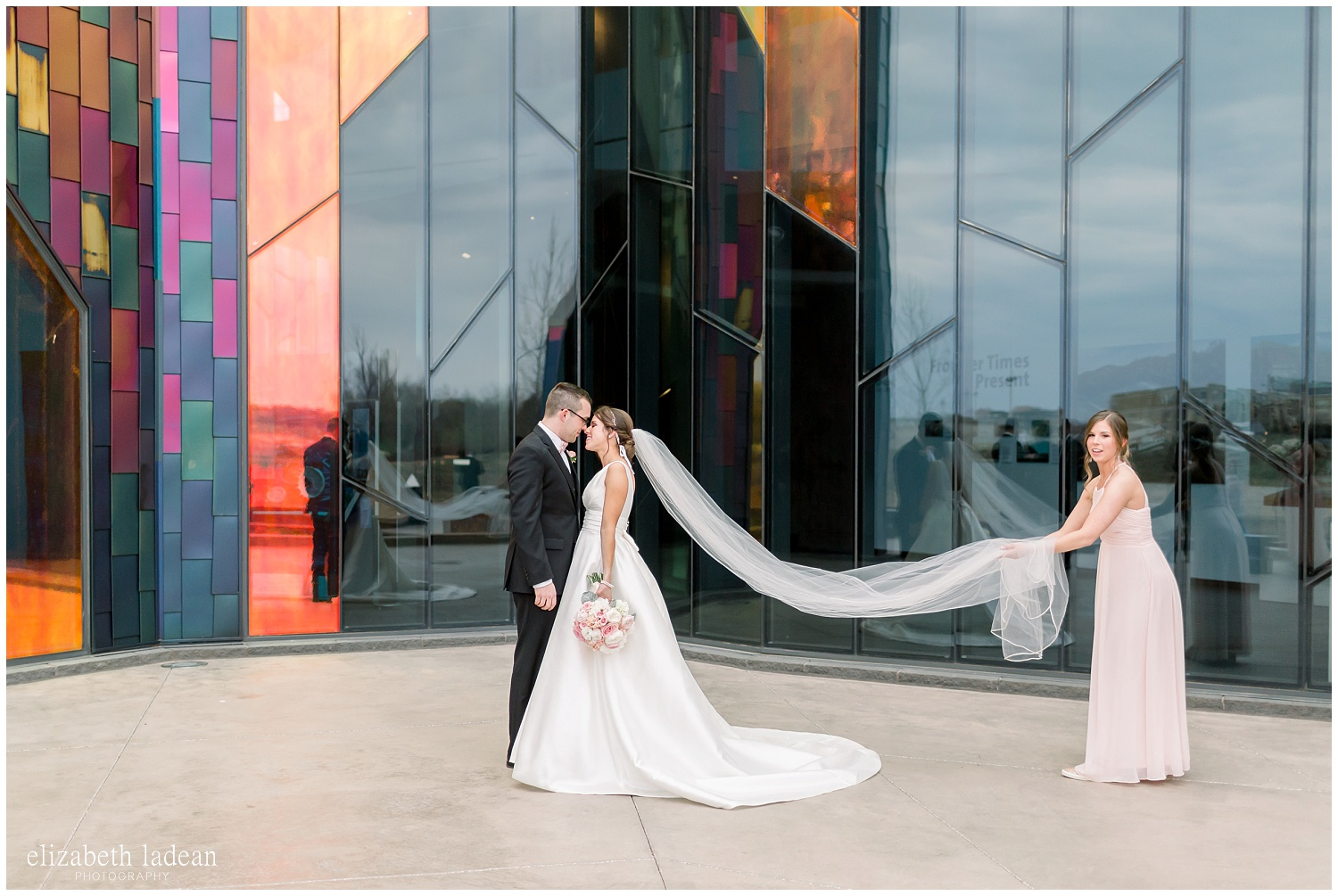 -behind-the-scenes-of-a-wedding-photographer-2018-elizabeth-ladean-photography-photo_3422.jpg