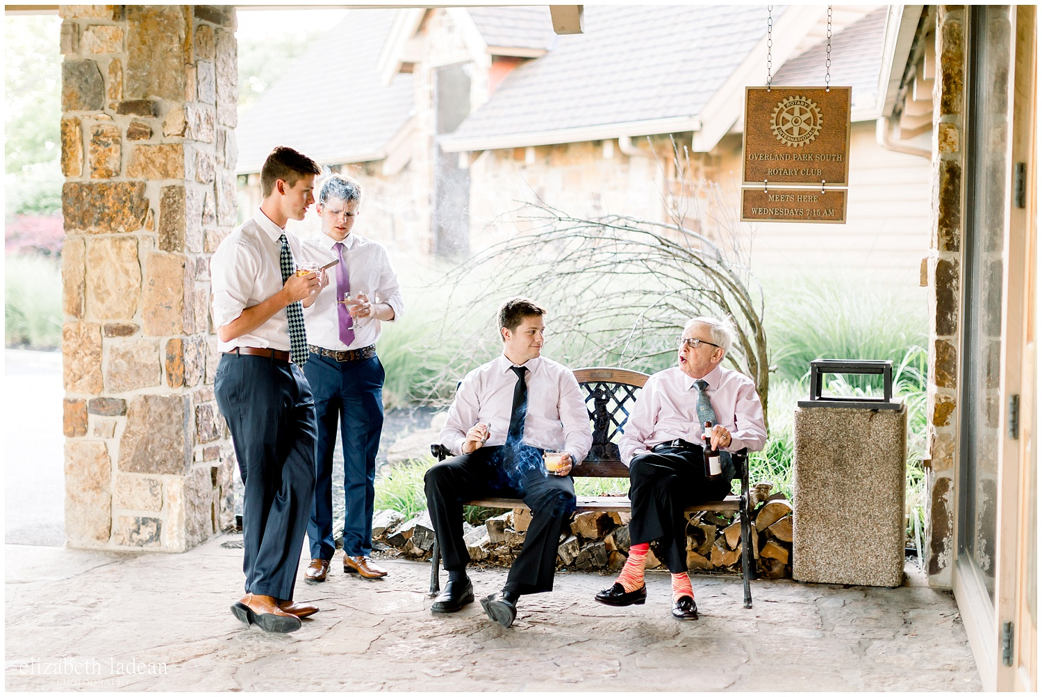 -behind-the-scenes-of-a-wedding-photographer-2018-elizabeth-ladean-photography-photo_3473.jpg
