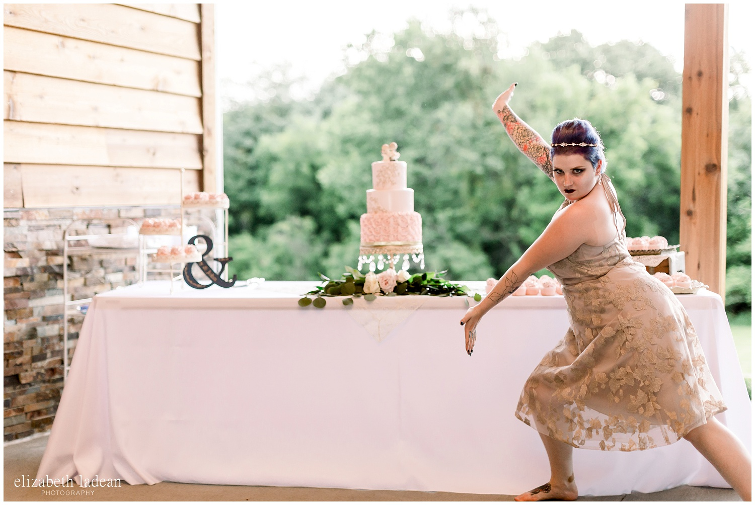 -behind-the-scenes-of-a-wedding-photographer-2018-elizabeth-ladean-photography-photo_3481.jpg