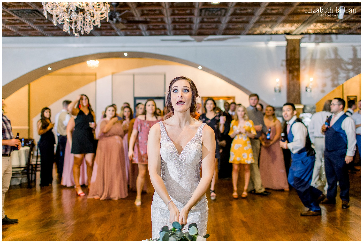 -behind-the-scenes-of-a-wedding-photographer-2018-elizabeth-ladean-photography-photo_3507.jpg