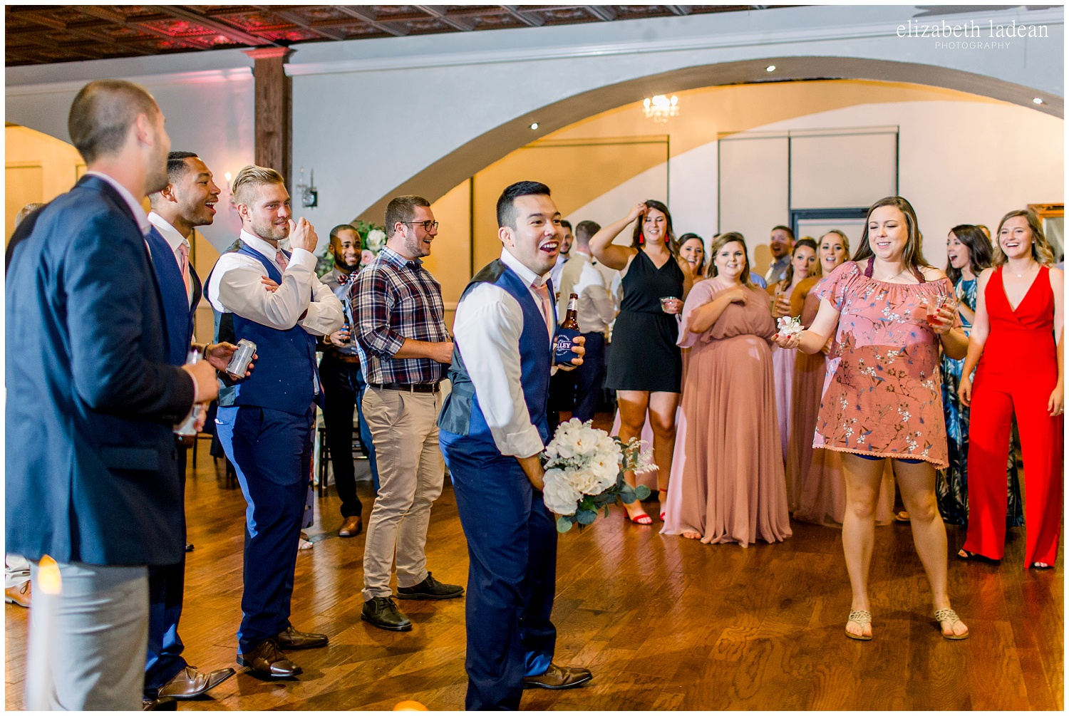 -behind-the-scenes-of-a-wedding-photographer-2018-elizabeth-ladean-photography-photo_3510.jpg