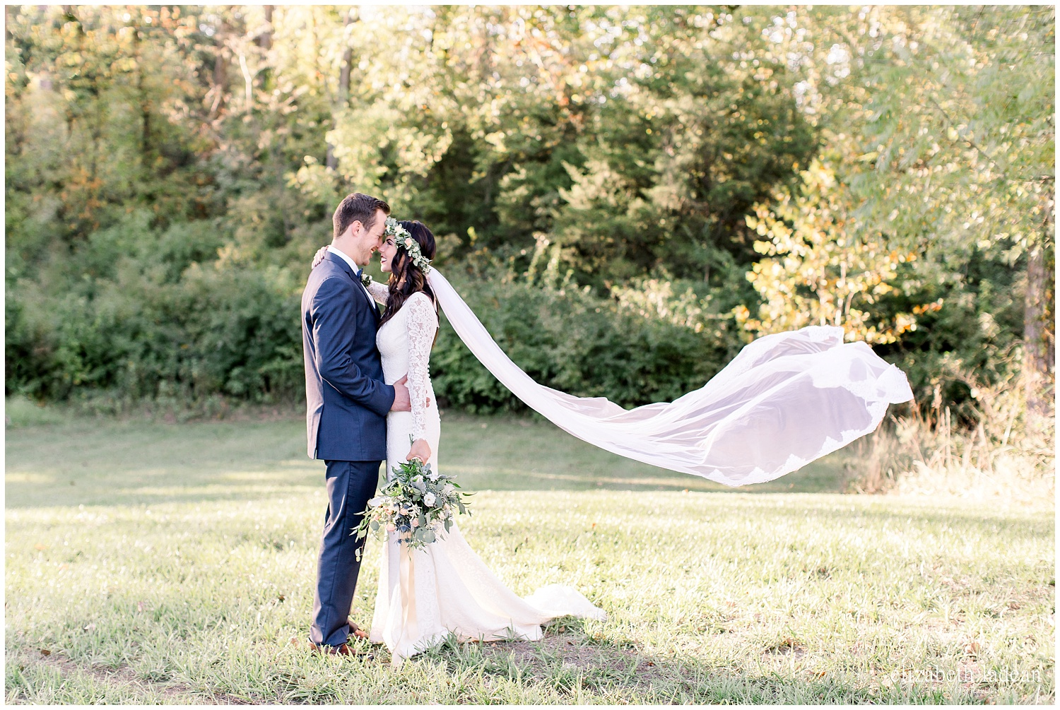 -behind-the-scenes-of-a-wedding-photographer-2018-elizabeth-ladean-photography-photo_3545.jpg