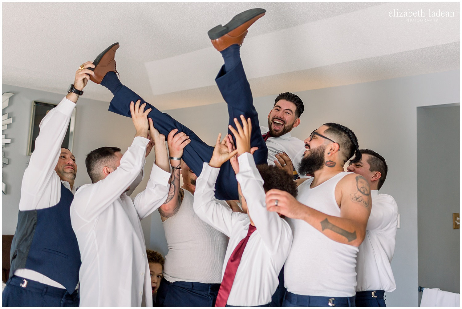 -behind-the-scenes-of-a-wedding-photographer-2018-elizabeth-ladean-photography-photo_3549.jpg