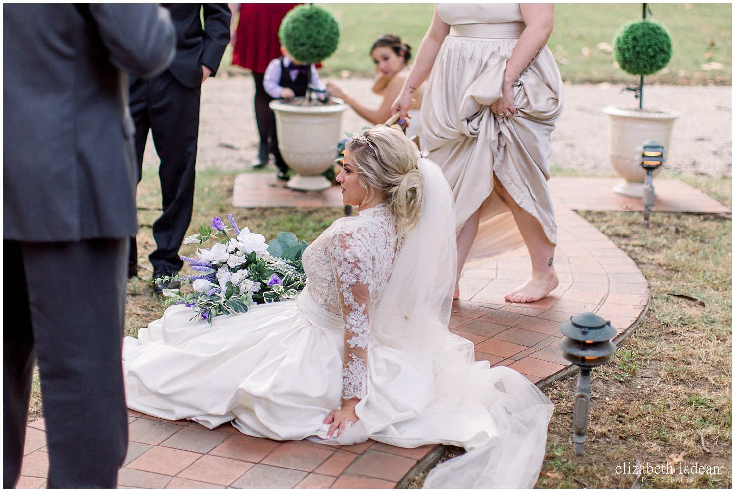 -behind-the-scenes-of-a-wedding-photographer-2018-elizabeth-ladean-photography-photo_3566.jpg