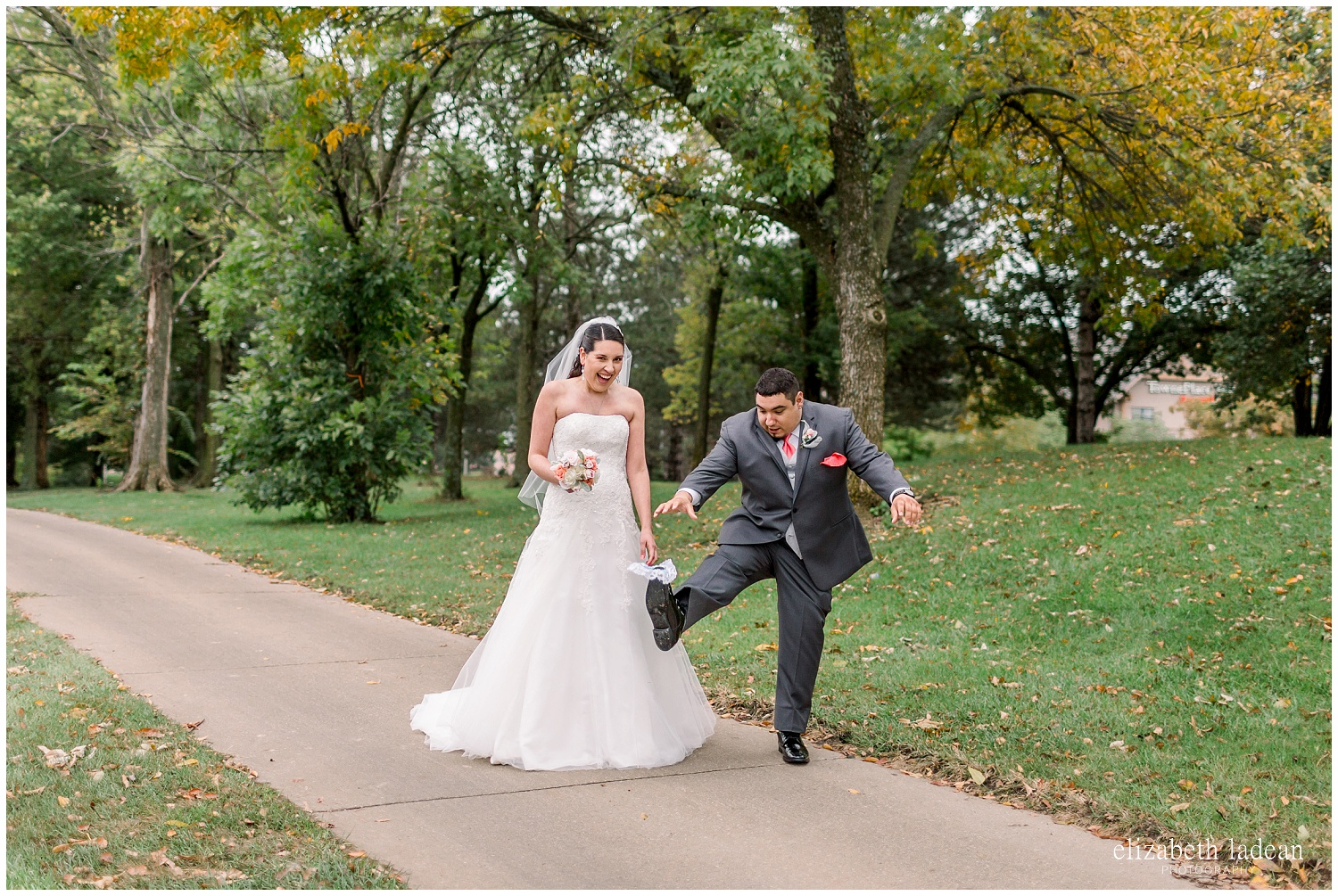 -behind-the-scenes-of-a-wedding-photographer-2018-elizabeth-ladean-photography-photo_3572.jpg