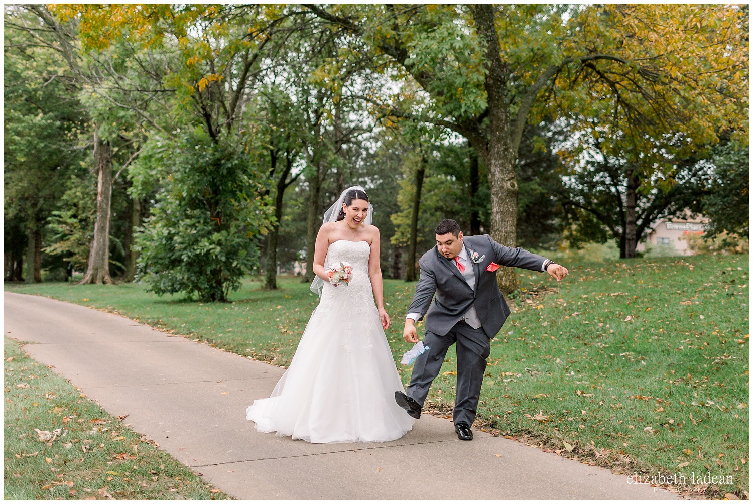 -behind-the-scenes-of-a-wedding-photographer-2018-elizabeth-ladean-photography-photo_3573.jpg