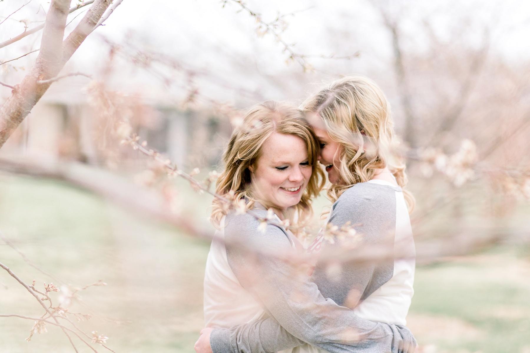 adventurous-authentic-wedding-engagement-photography-kansas-city-elizabeth-ladean-photo_5400.jpg
