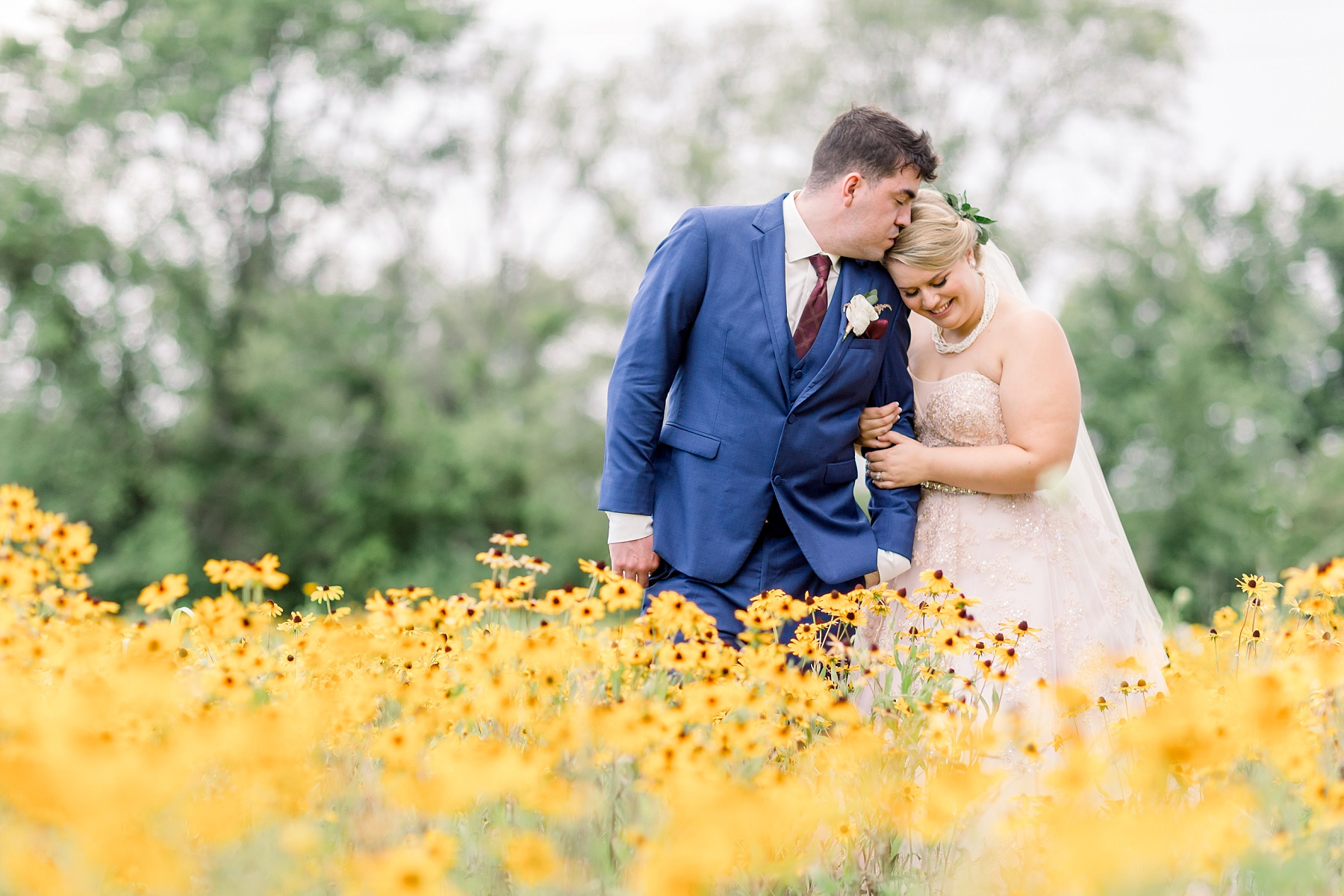 adventurous-authentic-wedding-engagement-photography-kansas-city-elizabeth-ladean-photo_5455.jpg