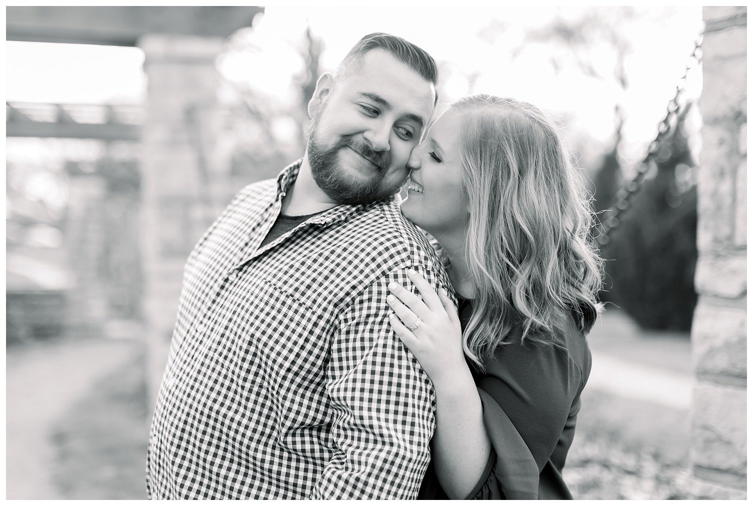 Engagement-Photos-at-Loose-Park-Springtime-KC-Elizabeth-Ladean-Photography_A+D-0407--_6877.jpg