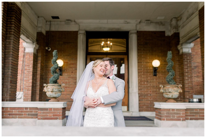 Downtown-KC-Wedding-Photos-A+A0503-Elizabeth-Ladean-Photography_photo-_7495.jpg
