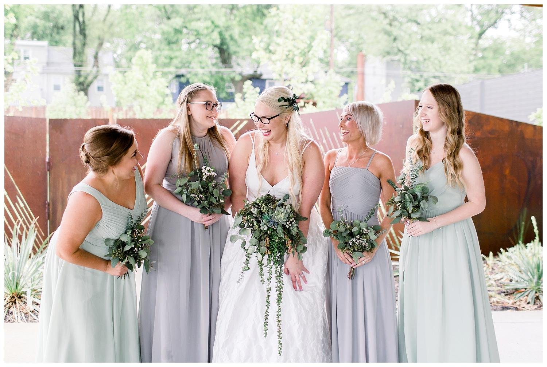 Kansas-Wedding-Photographer-Johnson-County-Arts-Heritage-K+R-05.18.19-Elizabeth-Ladean-Photography_photo-_7784.jpg