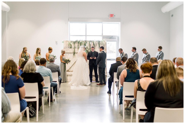 Kansas-Wedding-Photographer-Johnson-County-Arts-Heritage-K+R-05.18.19-Elizabeth-Ladean-Photography_photo-_7796.jpg