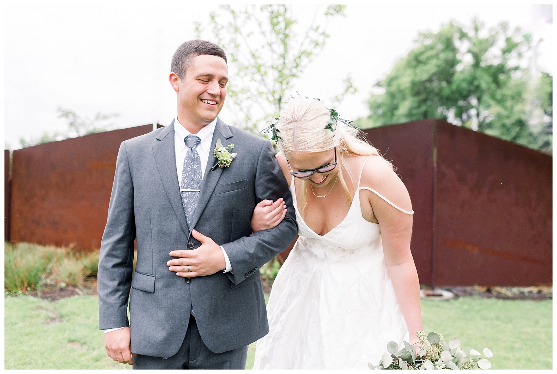Kansas-Wedding-Photographer-Johnson-County-Arts-Heritage-K+R-05.18.19-Elizabeth-Ladean-Photography_photo-_7812.jpg