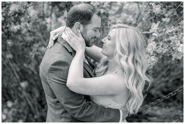 Rose-Garden-Kansas-City-engagement-photos-L+B-05.23.19-Elizabeth-Ladean-Photography_photo-_7881.jpg
