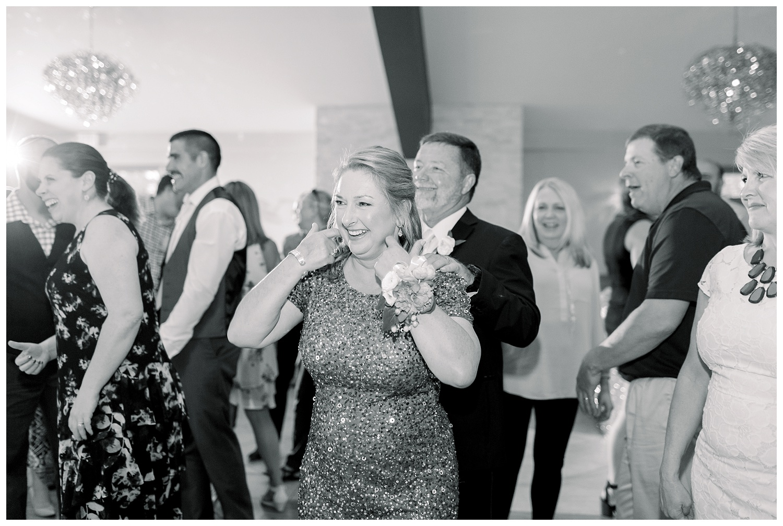 1890-Wedding-Photography-Kansas-City-Photographer-06.01A+B-Elizabeth-Ladean-Photography_photo-_8002.jpg