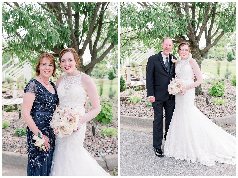 Pavilion-Event-Space-KC-Wedding-Photography-E+E-0628-Elizabeth-Ladean-Photography_photo-_8865.jpg