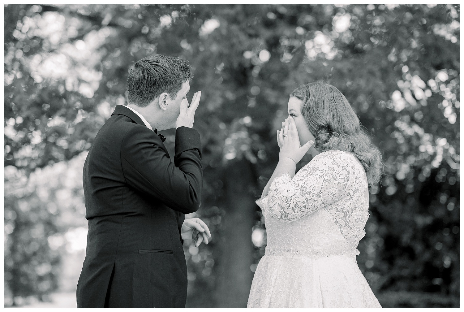 emotional first looks on wedding days