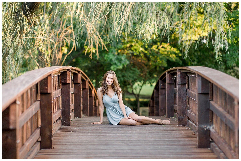 Kansas-City-senior-photographer-Mary-10-2019-Elizabeth-Ladean-Photography-Hawthorne-photo_0874.jpg