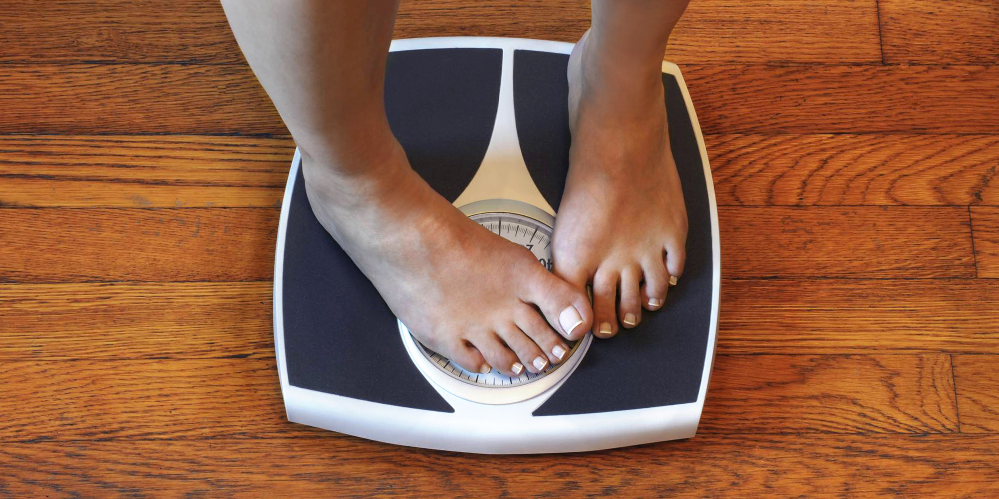 weight-scale-foot-over-numbers